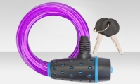 Трос-замок 87318 с ключом, со стальным тросом 8х1800 мм, пурпурная оболочка, чёрно-синий замок