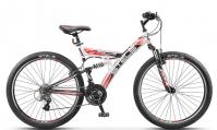 """Велосипед горный  Stels Focus V 26"""" 18-sp V020 белый/чёрный/красный"""